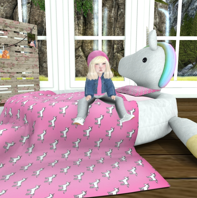 Once upon a Toy Box Unicorn Bed Pink_001