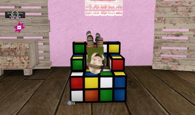 Shop Hop Rubix Cube_002